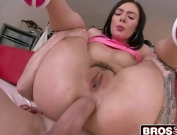 18-Year-Old Marley Brinx Gets Her Ass Pounded
