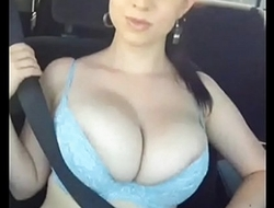 Que tatas hermosas de esta puta