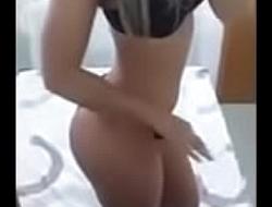 Loirinha se deu mal ao enviar v&iacute_deo pro namorado-eumandonudes.com