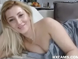 masturbating webcam milf perfect body