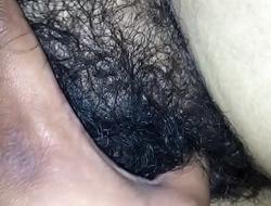 esposa dormida manoseada por amigo parte 1