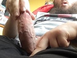 YouTuber (HammerStudiosGaming) Strokes His Big Veiny Dick