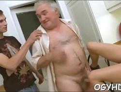 Teen gives a blow to an elderly man